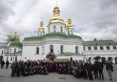 Более ста представителей католического духовенства из Италии посетили Киево-Печерскую лавру