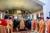 Глава Казахстанского митрополичьего округа посетил Талдыкорган и совершил Литургию в Иоанно-Богословском соборе города
