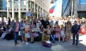 В День Победы православная молодежь Москвы с сотрудниками Синодального отдела по делам молодежи приняли участие в шествии «Бессмертного полка»