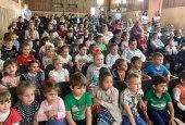 При поддержке Шахтинской епархии для трудных детей был организован благотворительный показ спектакля Ростовского театра кукол