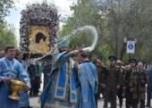 В день празднования Табынской иконе Божией Матери 10 тысяч верующих приняли участие в крестном ходе в Оренбурге