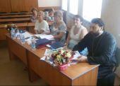 Руководитель информационного отдела Ростовской епархии вошел в состав дипломной комиссии факультета лингвистики и журналистики РГЭУ