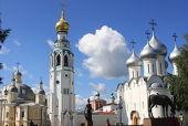 Святейший Патриарх Кирилл посетил Воскресенский и Софийский соборы Вологды