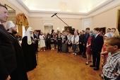 Предстоятель Русской Церкви встретился в Вологде с участниками социальных проектов «Хочу в семью» и «Призреть сироту — христианский долг каждого»