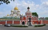Девять зданий, входящих в ансамбль Зачатьевского ставропигиального монастыря, переданы Церкви