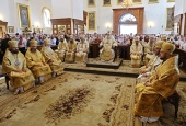 В Успенской Святогорской лавре молитвенно отметили 50-летие наместника обители митрополита Святогорского Арсения