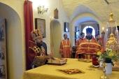 Митрополит Волоколамский Иларион совершил богослужение на Китайском Патриаршем подворье в Москве
