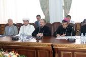 Управляющий делами Казахстанского митрополичьего округа принял участие в круглом столе, посвященном вопросам реализации законодательства Республики Казахстан в религиозной сфере