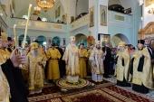В канун дня памяти святых апостолов Петра и Павла Святейший Патриарх Кирилл совершил всенощное бдение в Иоанновском монастыре в Санкт-Петербурге