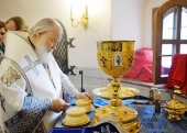 В праздник Казанской иконы Божией Матери Святейший Патриарх Кирилл возглавил престольные торжества на подворье Покровского ставропигиального монастыря в подмосковном селе Марково