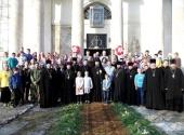 В Бежецкой епархии состоялся православный историко-патриотический паломнический сбор для учащейся молодежи «Княже-Владимирский стан»
