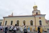 Глава Санкт-Петербургской митрополии освятил храм великомученика Пантелеимона в парке Полюстрово
