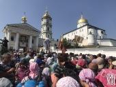 Более 30 тысяч верующих прошли крестным ходом из Каменец-Подольского в Почаев