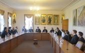 Группа англиканских священников и студентов посетила Отдел внешних церковных связей