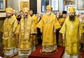 В день памяти святого князя Александра Невского митрополит Минский Павел возглавил соборное богослужение в Александро-Невском храме Минска
