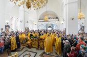 В день Собора новомучеников и исповедников Казахстанских и 100-летия мученического подвига епископа Верненского и Семиреченского Пимена в храме Христа Спасителя Алма-Аты состоялось торжественное богослужение