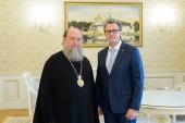 Состоялась встреча митрополита Астанайского Александра с новоназначенным генеральным консулом России в Казахстане