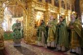 Председатель Синодального отдела по делам монастырей и монашеству совершил Литургию в Иосифо-Волоцком ставропигиальном монастыре в день памяти основателя обители