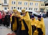Мощи святителя Луки Крымского принесены из Владивостока в Новосибирск