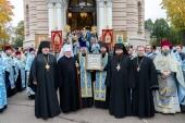 Состоялось принесение чудотворной иконы Божией Матери «Знамение» Курской-Коренной в Латвию