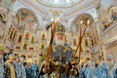 В праздник Покрова Пресвятой Богородицы Святейший Патриарх Кирилл совершил чин великого освящения храма-памятника в честь Всех святых в Минске