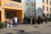 Священнослужители Екатеринодарской епархии навестили в больнице Краснодара пострадавших из Керченского политехнического колледжа