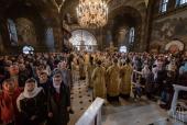 В Неделю 21-ю по Пятидесятнице Блаженнейший митрополит Онуфрий возглавил Литургию в Киево-Печерской лавре