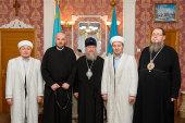 Глава Казахстанского митрополичьего округа и лидеры ведущих традиционных конфессий Северо-Казахстанской области обсудили вопросы духовной жизни в регионе