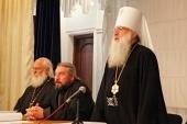 Участники Епархиального собрания Ташкентской епархии выразили возмущение в связи с неканоническими действиями Константинопольского Патриархата в отношении Украинской Православной Церкви