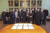 Подписано соглашение о сотрудничестве между Общецерковной аспирантурой и Галле-Виттенбергским университетом Германии