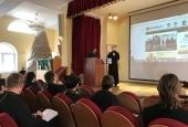 При участии Синодального отдела по благотворительности в Хабаровске пройдут курсы жестового языка
