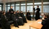 Митрополит Волоколамский Иларион встретился с учащимися Духовно-образовательного центра имени преподобной Женевьевы Парижской