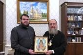 Валаамскому монастырю передана в дар икона преподобноисповедника Севастиана Карагандинского с частицей его мощей