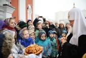 Святейший Патриарх Кирилл совершил чин великого освящения храма святой мученицы Татианы в Люблино и Божественную литургию в новоосвященном храме