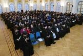 Собрания духовенства Санкт-Петербургской и Златоустовской епархий поддержали решение Священного Синода о прекращении евхаристического общения с Константинопольским Патриархатом