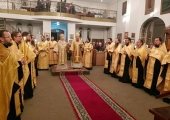 В столице Таджикистана прошли торжества в честь 75-летия основания Никольского кафедрального собора