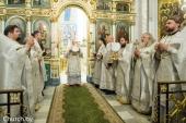 В праздник Рождества Христова Патриарший экзарх всея Беларуси совершил Литургию в Свято-Духовом кафедральном соборе Минска