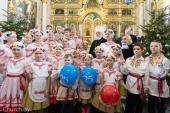 Патриарший экзарх всея Беларуси поздравил с Рождеством Христовым детей из регионов, пострадавших от Чернобыльской катастрофы