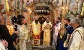 Митрополит Волоколамский Иларион поклонился святыням Иерусалима и Вифлеема и совершил Литургию на Гробе Господнем