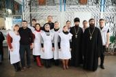 В Шахтинской епархии продолжают оказывать помощь пострадавшим от взрыва бытового газа в жилом доме
