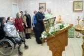 Первая Литургия совершена в храме при ПНИ № 9 в Красном Селе
