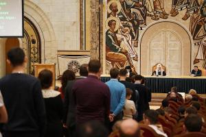 Святейший Патриарх Кирилл встретился со студентами медицинских и фармацевтических вузов России