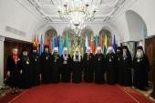 Предстоятель Русской Церкви вручил ряду иерархов церковные награды по случаю 10-летия Поместного Собора и Патриаршей интронизации