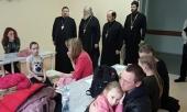 Митрополит Смоленский Исидор и епископ Тарусский Серафим посетили в калужской больнице пострадавших в ДТП и совершили панихиду на месте трагедии