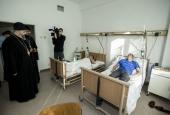 Глава Кузбасской митрополии посетил пострадавших горняков