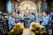 В праздник Сретения Господня Предстоятель Украинской Православной Церкви возглавил богослужение в Киево-Печерской лавре
