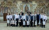 Глава Кузбасской митрополии встретился с юными хоккеистами — призерами Кубка Патриарха