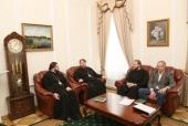 Председатель Финансово-хозяйственного управления обсудил с делегацией Смоленской епархии вопросы реставрации храмов