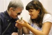Синодальный отдел по благотворительности запускает курсы по сопровождению незрячих и слепоглухих людей
