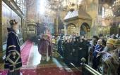 Председатель Синодального отдела по монастырям и монашеству возглавил богослужение в Успенском соборе Московского Кремля